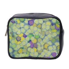 Paint Brushes                                                                                                              Mini Toiletries Bag (two Sides)