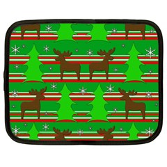 Christmas trees and reindeer pattern Netbook Case (XXL)