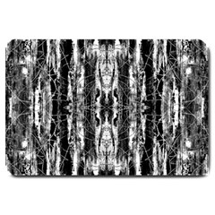 Black White Taditional Pattern  Large Doormat