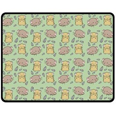 Hamster Pattern Double Sided Fleece Blanket (medium)