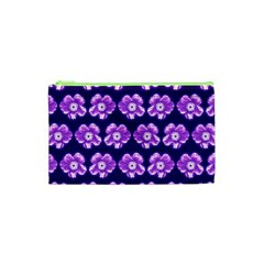 Purple Flower Pattern On Blue Cosmetic Bag (XS)