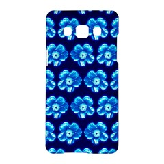 Turquoise Blue Flower Pattern On Dark Blue Samsung Galaxy A5 Hardshell Case