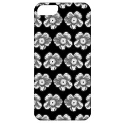 White Gray Flower Pattern On Black Apple iPhone 5 Classic Hardshell Case