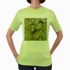 Down Comforter Feathers Goose Duck Feather Photography Women s Green T-Shirt