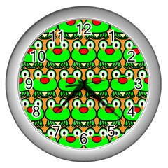 Sitfrog Orange Green Frog Wall Clocks (Silver)