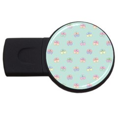 Butterfly Pastel Insect Green USB Flash Drive Round (4 GB)