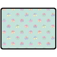 Butterfly Pastel Insect Green Fleece Blanket (Large)