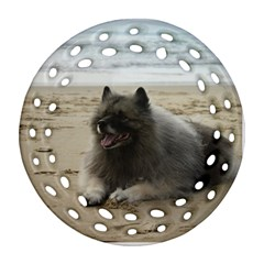 Keeshond On Beach  Ornament (Round Filigree)