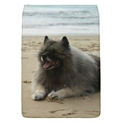 Keeshond On Beach  Flap Covers (S)