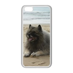 Keeshond On Beach  Apple iPhone 5C Seamless Case (White)