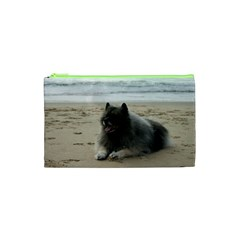 Keeshond On Beach  Cosmetic Bag (XS)