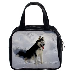 Siberian Husky Sitting in snow Classic Handbags (2 Sides)