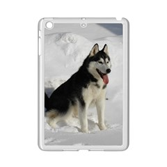 Siberian Husky Sitting in snow iPad Mini 2 Enamel Coated Cases