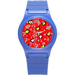 Rainy day - red Round Plastic Sport Watch (S)