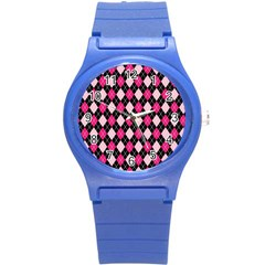 Argyle Pattern Pink Black Round Plastic Sport Watch (S)