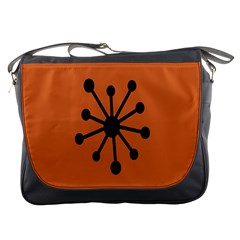 Centralized Garbage Flow Messenger Bags