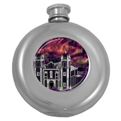 Fantasy Tropical Cityscape Aerial View Round Hip Flask (5 oz)