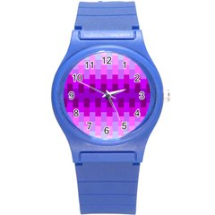 Geometric Cubes Pink Purple Blue Round Plastic Sport Watch (S)