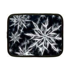 Snowflake in feather look, black and white Netbook Case (Small)