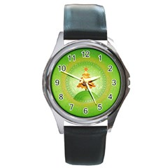 Beautiful Christmas Tree Design Round Metal Watch