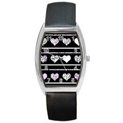 Elegant harts pattern Barrel Style Metal Watch