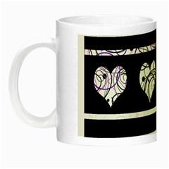 Elegant harts pattern Night Luminous Mugs