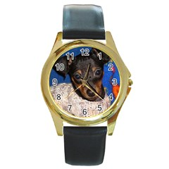 Min Pin In Sweater Round Gold Metal Watch