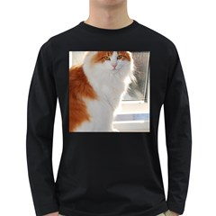Norwegian Forest Cat Sitting 4 Long Sleeve Dark T-Shirts