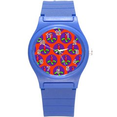 Christmas Candles Seamless Pattern Round Plastic Sport Watch (s)