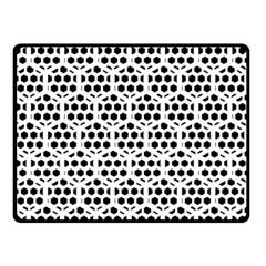 Seamless Honeycomb Pattern Fleece Blanket (small)