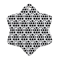 Seamless Honeycomb Pattern Ornament (snowflake)