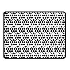 Seamless Honeycomb Pattern Double Sided Fleece Blanket (small)
