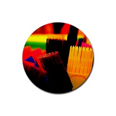 Plastic Brush Color Yellow Red Rubber Round Coaster (4 Pack)