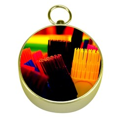 Plastic Brush Color Yellow Red Gold Compasses