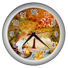 Art Kuecken Badespass Arrangemen Wall Clocks (silver)