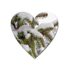 Brad Snow Winter White Green Heart Magnet
