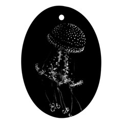 Jellyfish Underwater Sea Nature Oval Ornament (two Sides)