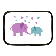 Elephant love Netbook Case (Medium)