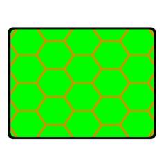 Bee Hive Texture Fleece Blanket (Small)
