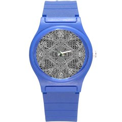 Gray Psychedelic Background Round Plastic Sport Watch (S)