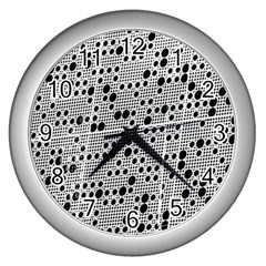 Metal Background Round Holes Wall Clocks (silver)