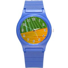 Pattern Colorful Palm Leaves Round Plastic Sport Watch (s)