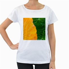 Wet Yellow And Green Leaves Abstract Pattern Women s Loose Fit T Shirt (white)