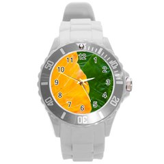 Wet Yellow And Green Leaves Abstract Pattern Round Plastic Sport Watch (l)