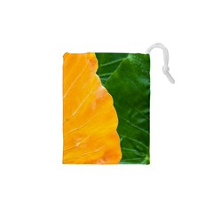 Wet Yellow And Green Leaves Abstract Pattern Drawstring Pouches (xs)