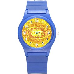 Yellow Seamless Psychedelic Pattern Round Plastic Sport Watch (s)