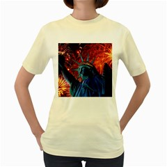 Statue Of Liberty Fireworks At Night United States Of America Women s Yellow T Shirt