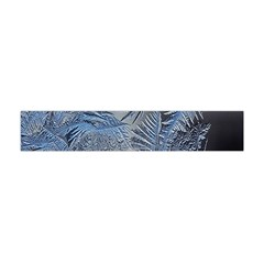 Frost Leafe Flano Scarf (Mini)