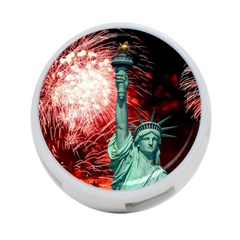The Statue Of Liberty And 4th Of July Celebration Fireworks 4-Port USB Hub (Two Sides)