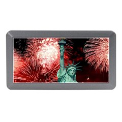 The Statue Of Liberty And 4th Of July Celebration Fireworks Memory Card Reader (mini)